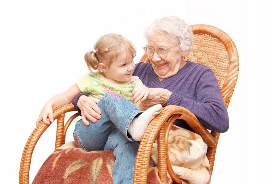 Бабушка член семьи