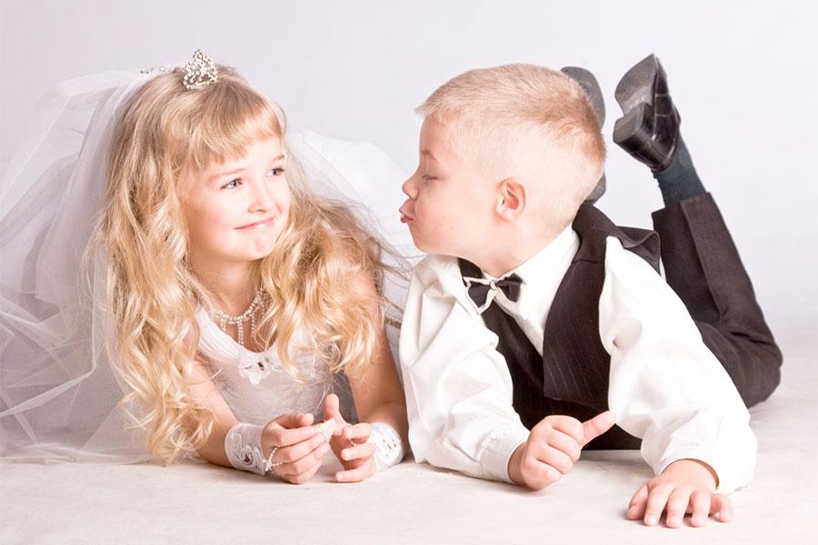 Средний возраст вступления в брак